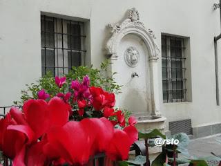 Cortile di piazza Castello
