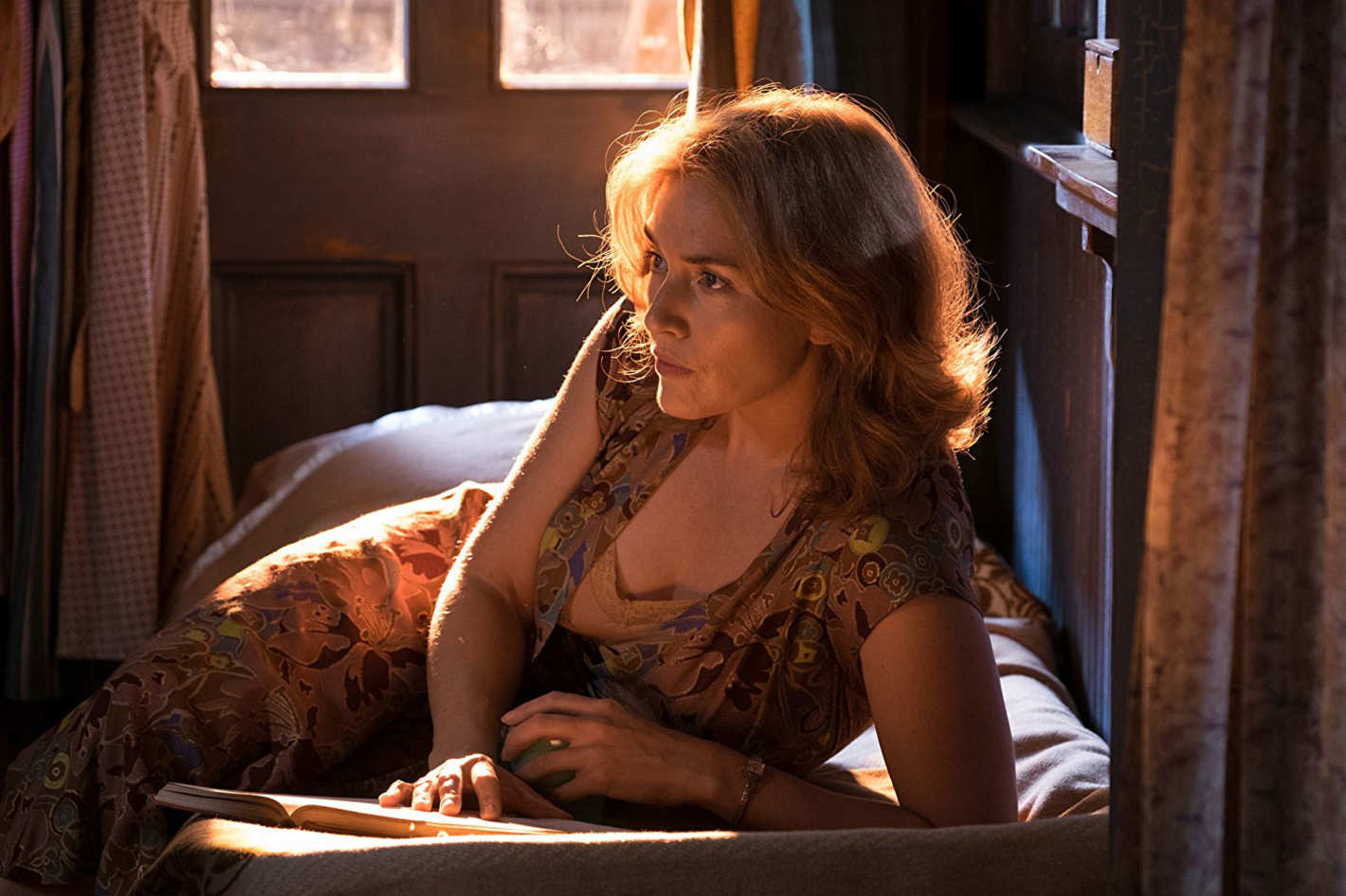 wonder wheel kate winslet