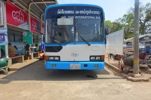 international bus, laos, thailand, crossing borders