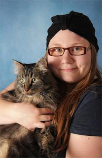 Kissa ja ihminen