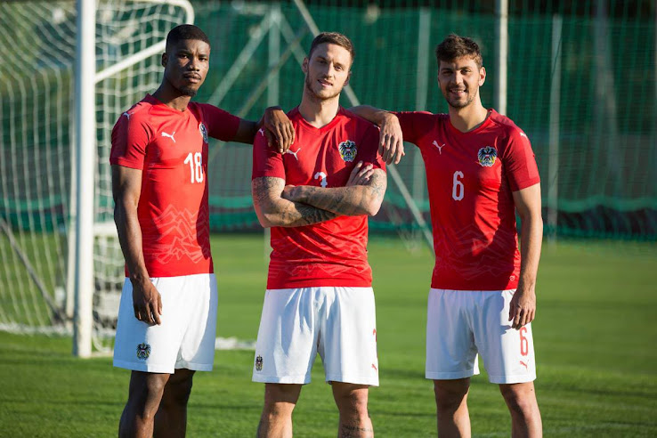eeb5b6c45f6 Whereas the Italy shirt features a rather random graphic print on the  front, the Austria 2018 shirt draws inspiration from the country's  mountainous nature ...