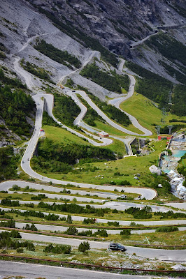 как водить машину в горах, как ездить по горному серпантину