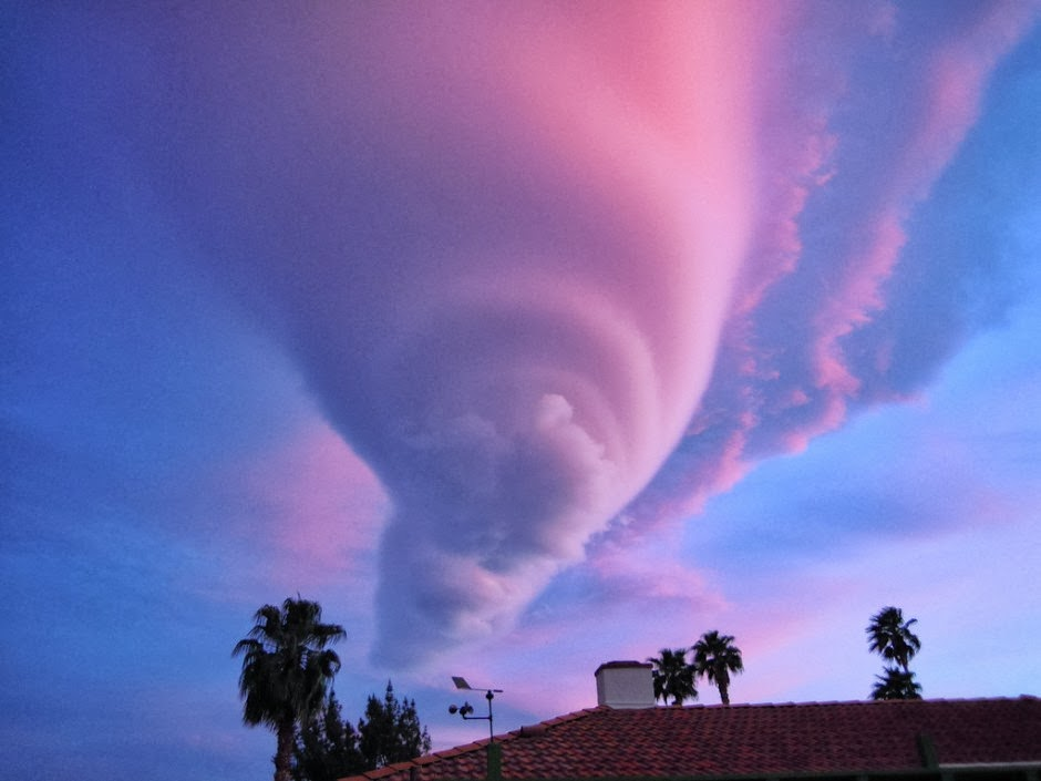 Lenticular funnel, Palm Springs, CA