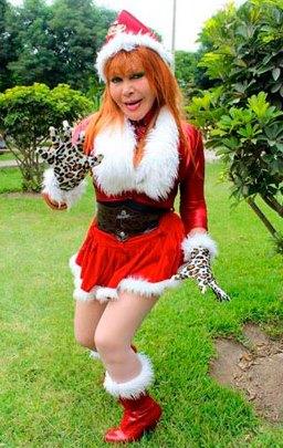 Foto de La Tigresa del Oriente vestida por Navidad