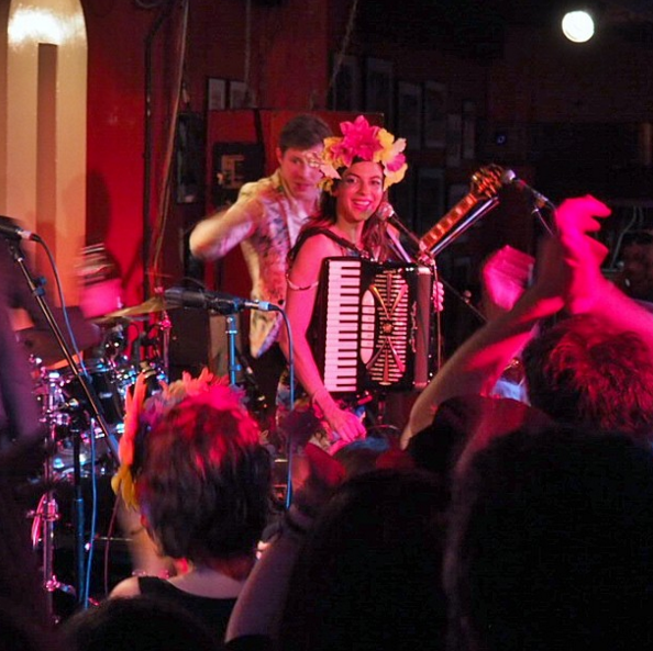 molotov jukebox 100 club review