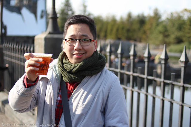 Renz Cheng with Butterbeer