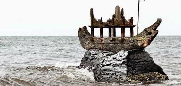 Batu Perahu Ponjok Batu