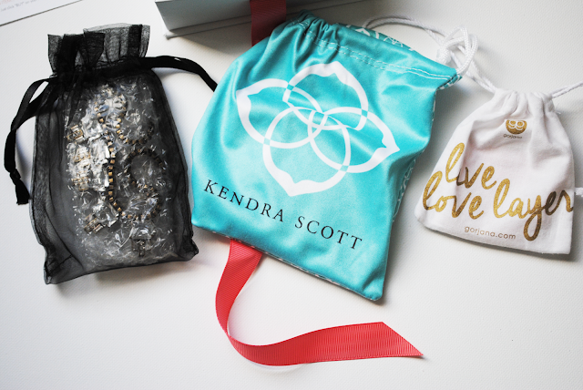 A review of the Rocksbox subscription service featuring Loren Hope, Kendra Scott and Gorjana pieces.