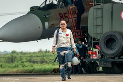 Thượng tá - phi công Trần Quang Khải.