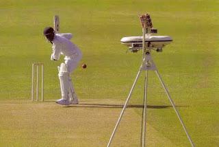 Cricket balling machine, balling machine photo/image
