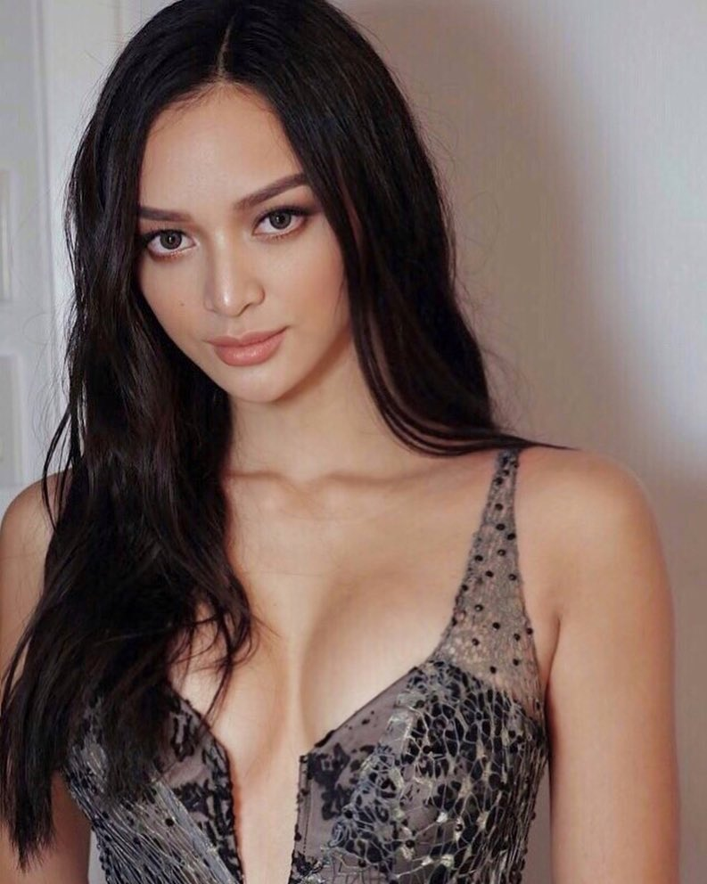 kylie verzosa sexy cleavage pics 01