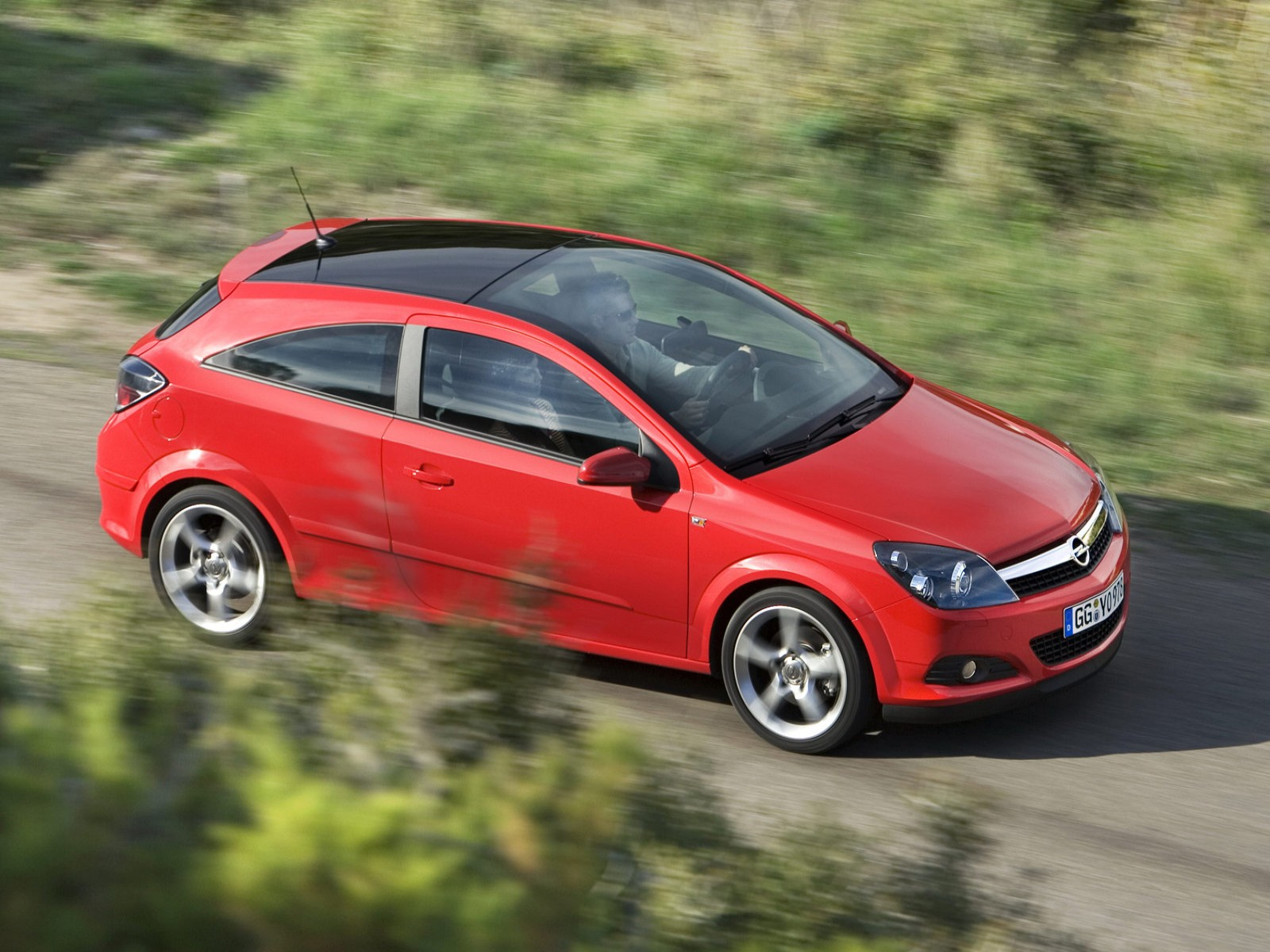 car and car zone opel astra gtc 2007 new cars car reviews car pictures and auto industry trends. Black Bedroom Furniture Sets. Home Design Ideas