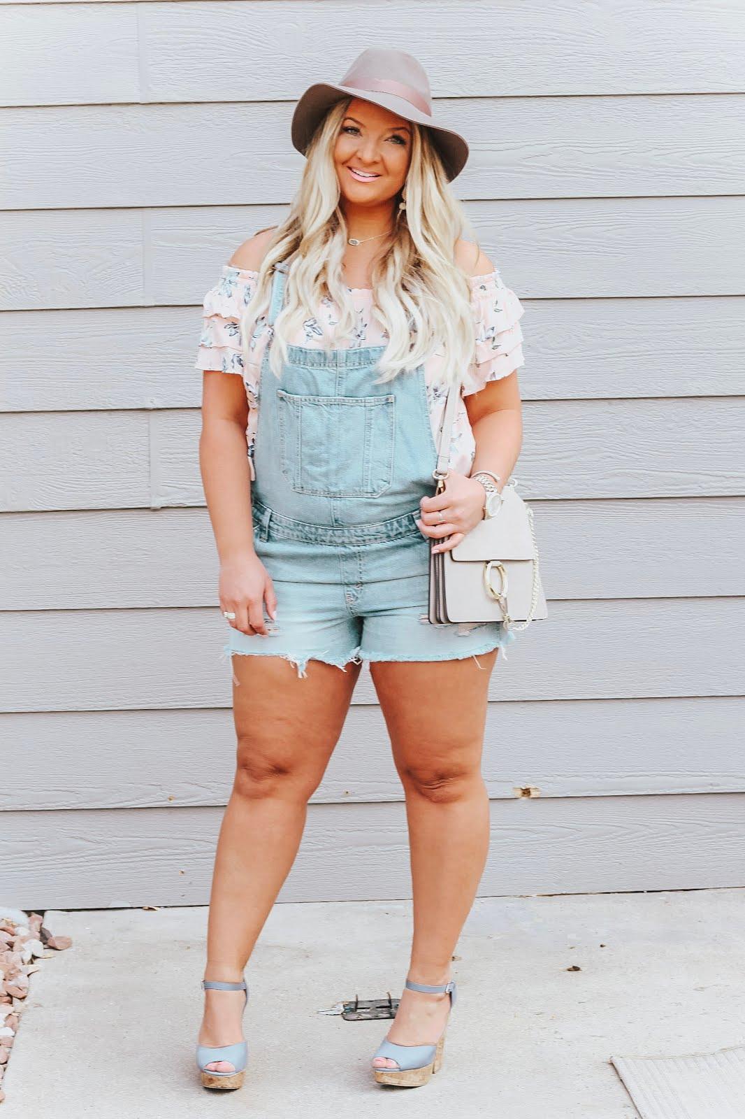 Shortalls featured by popular Colorado fashion blogger, Delayne Denaye