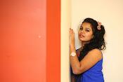 naveena jackson new sizzling pics-thumbnail-8