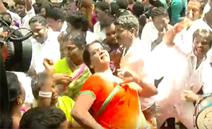 Tamil Nadu Election Results Celebration At Jayalalithaa's House