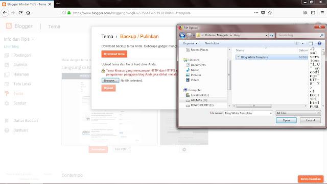 Sekadar saran untuk jaga-jaga, sebaiknya Sobat backup dulu tema yang Sobat pakai saat ini dengan klik Download Tema. Tapi jika dirasa tidak perlu Sobat bisa lanjut dengan klik Browse. Kemudian pilih temanya lalu klik Open.