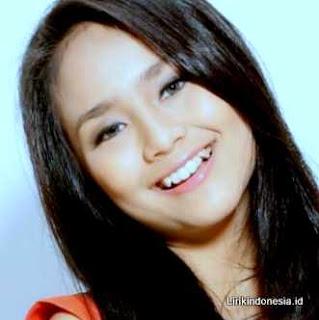 Gita Gutawa Sahabat Kecilku