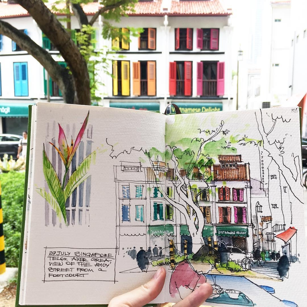 02-Alena-Kudriashova-Travelling-with-your-Sketchbook-Diary-www-designstack-co