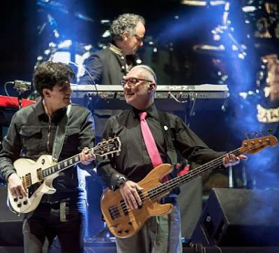 Foto de Caifanes en el escenario
