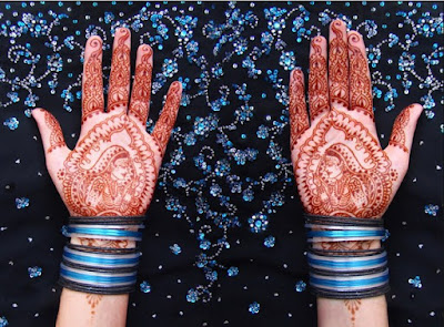 christmas-best-mehndi-designs-on-hands-for-girls-3