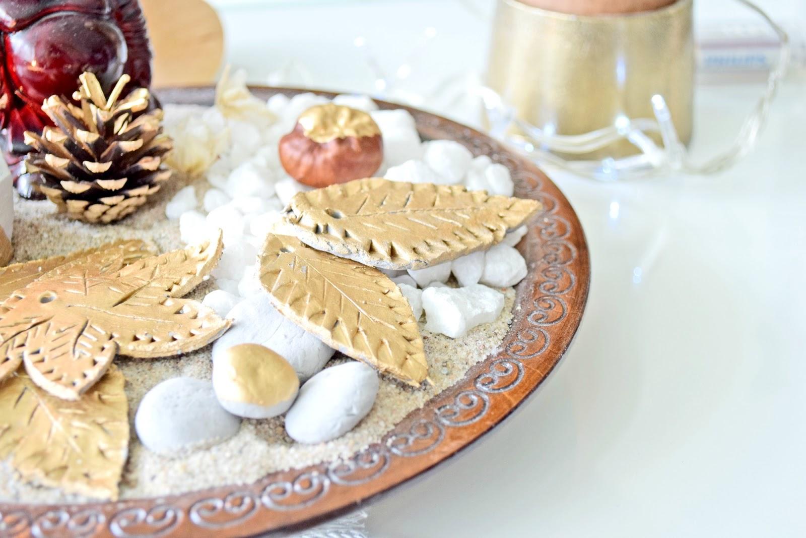 dekoracje złote liście