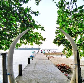 http://www.teluklove.com/2017/04/destinasti-objek-wisata-pulau-bundar-di.html