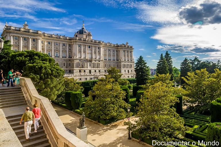 Jardins de Sabatini; Palácio Real de Madrid; Palácios Reais de Espanha