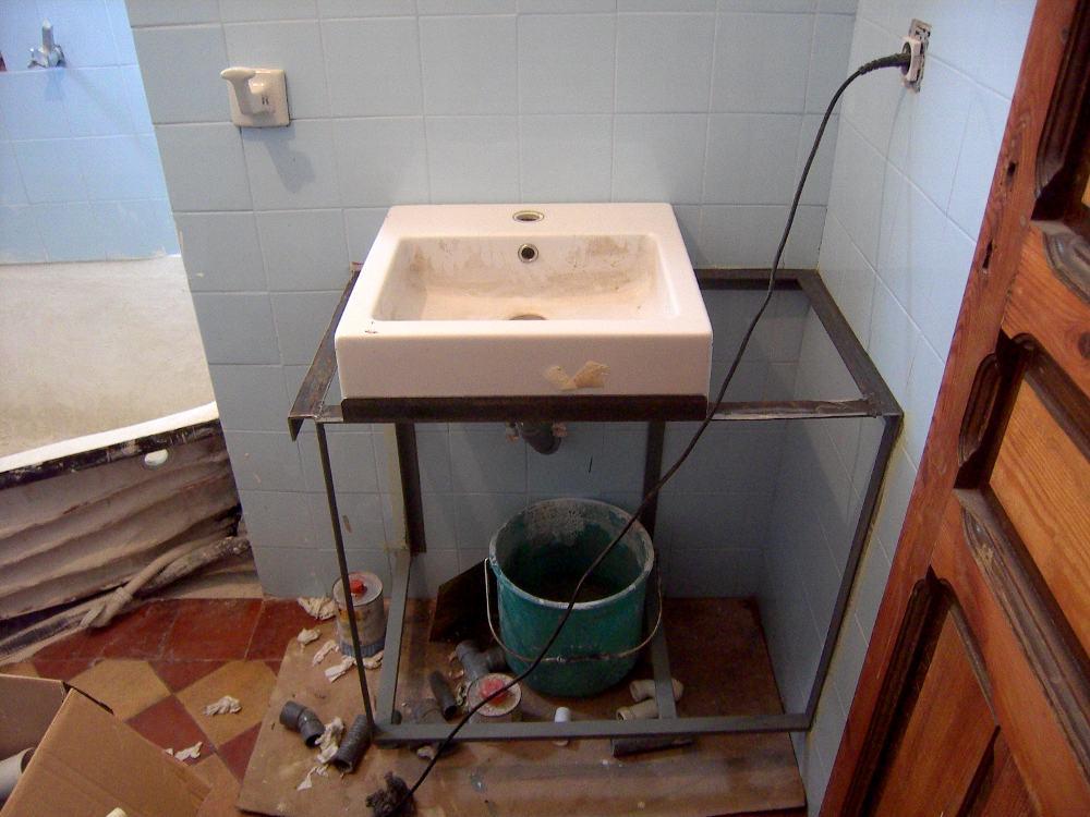 Supermanitas mueble de lavabo reinventado - Muebles para el lavabo ...
