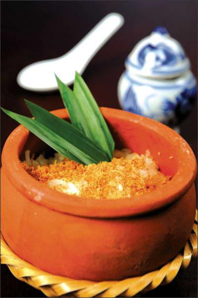 Cơm niêu chay kiểu Thái