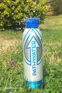 refillable ecofriendly aluminum water bottle