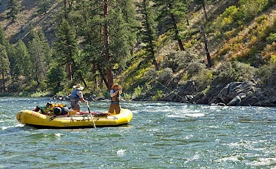 Guest post: O.A.R.S. Embraces Autumn on Western Waterways and National Park Trails with Multi-Day Adventure Vacations