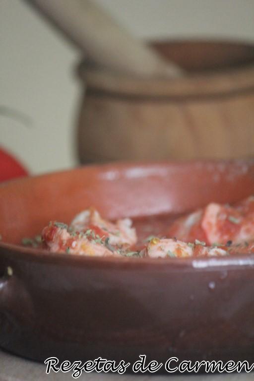 Pollo con salsa de naranja y achiote
