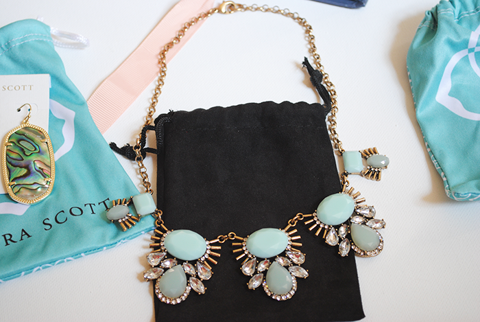 A Rocksbox jewelry subscription box review featuring jewelry from Kendra Scott and Urban Gem. Get a free month of Rocksbox by using code AMANDABFF884!