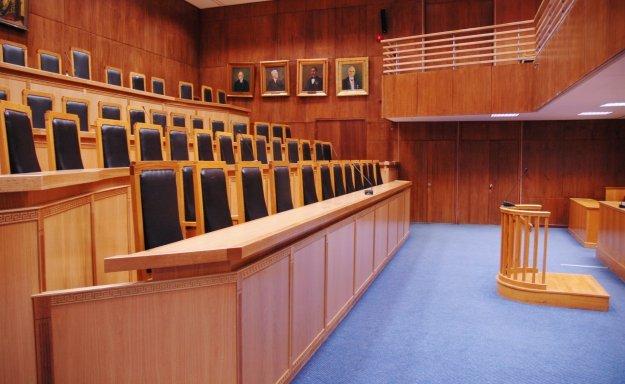 Ένωση Δικαστών και Εισαγγελέων: «Θεσμική εκτροπή» η ανάρτηση του Π. Πολάκη