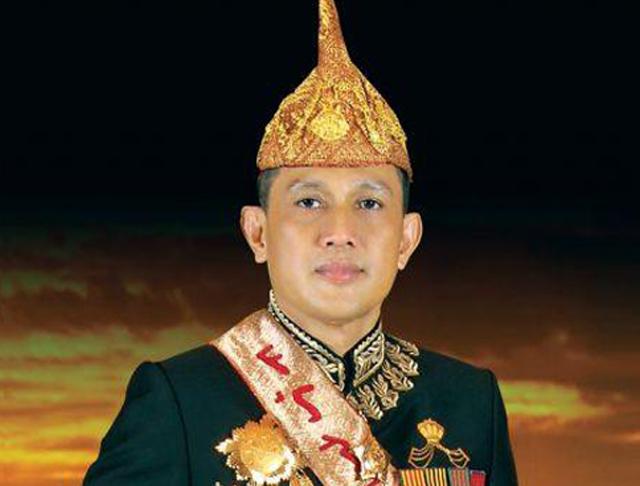 Edward Syah Pernong