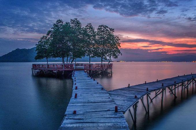 Pantai Dewi Mandapa Fasilitas Lokasi Dan Harga Tiket Masuk