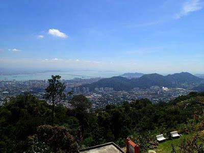 Spectacular views to Air itam, George Town and Paya Terubon