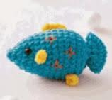 http://translate.google.es/translate?hl=es&sl=auto&tl=es&u=http%3A%2F%2Fmactata.blogspot.com.es%2F2009%2F06%2Ffree-crochet-pattern-fish-pattern.html