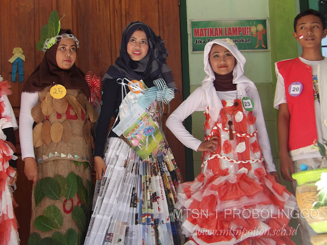 Serunya Lomba Fashion Show di MTsN 1 Probolinggo
