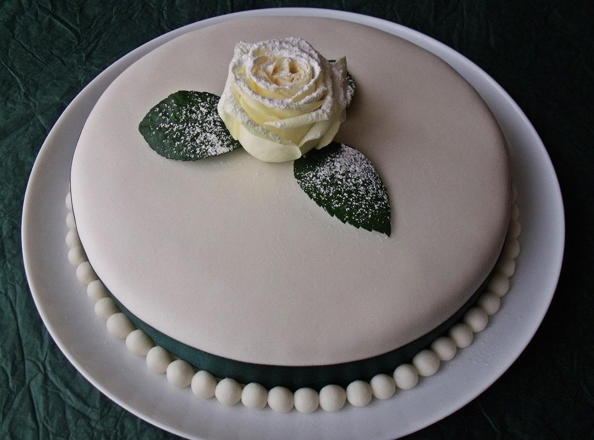 marcipán torta képek Citromhab: Marcipántorta marcipán torta képek