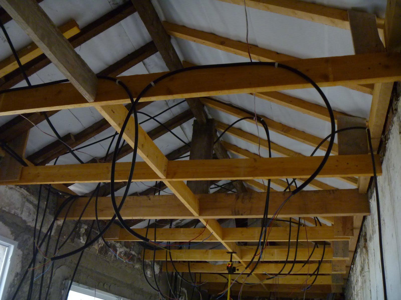 dsblog pose d 39 un faux plafond fixe en plaques de pl tre. Black Bedroom Furniture Sets. Home Design Ideas