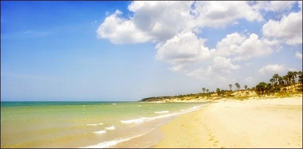 objek wisata Pantai Slopeng