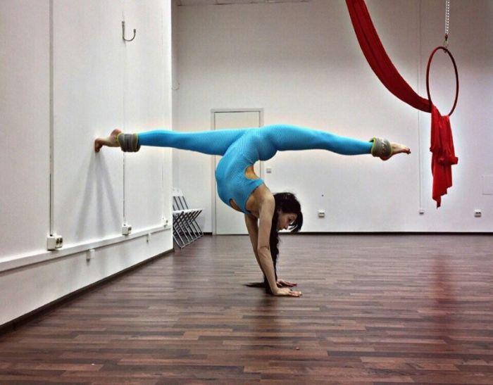 10 mulheres super flexíveis