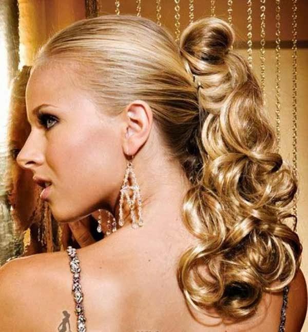 gaya rambut ekor kuda keriting untuk prom
