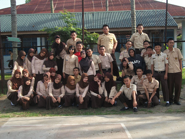 Foto Bersama Siswa Smansa Pinrang Beginilah SMA Negeri 1 Pinrang Zaman Dulu