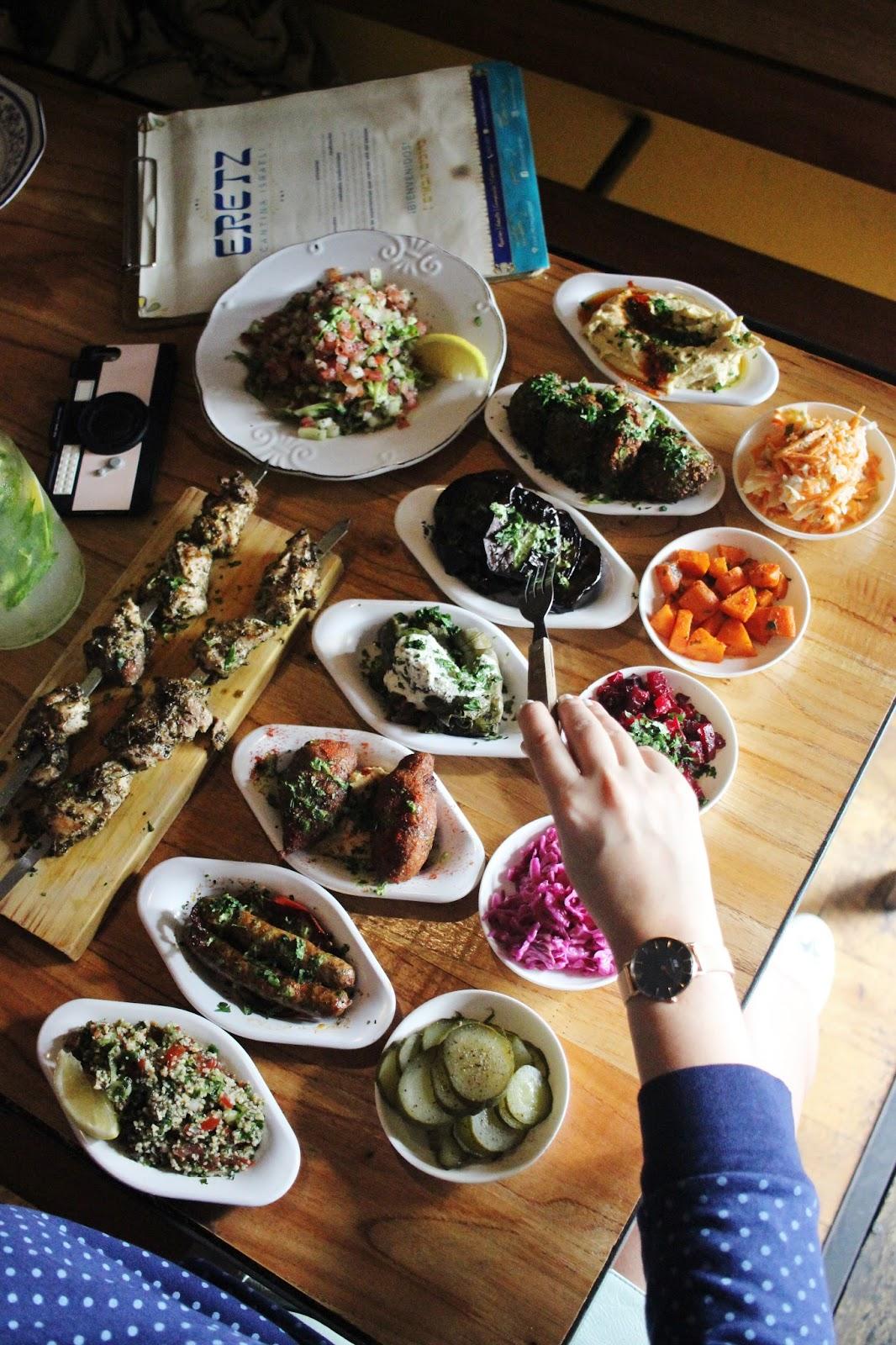 comida israeli caba