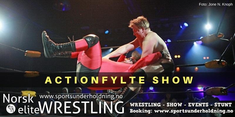 Norsk wrestling. Wrestlingshow i Norge. Norsk eliteWRESTLING, sportsunderholdning, underholdning, show. Foto.