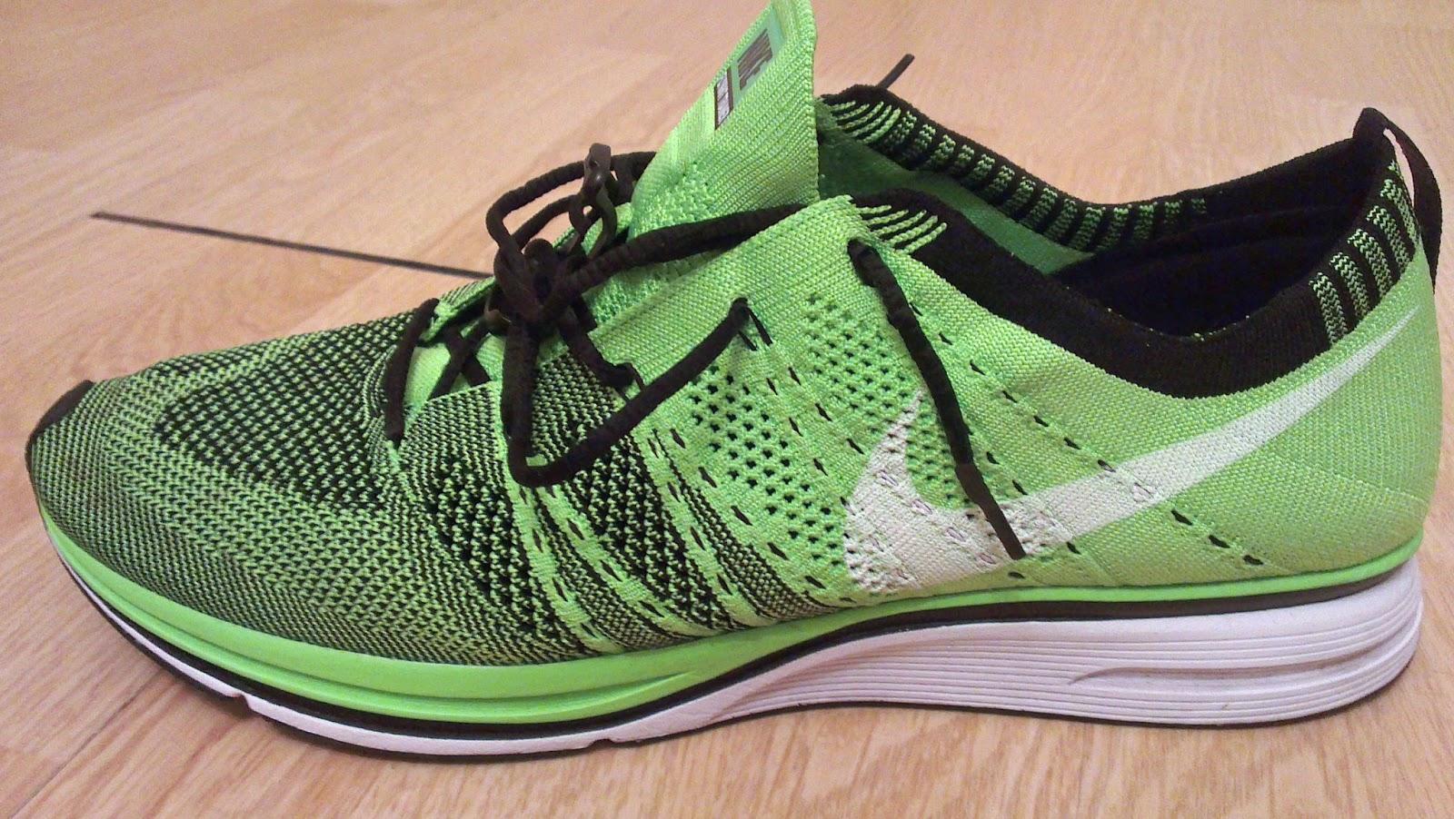 Desmantelar bordillo analogía  Run Because You Can... (Do it): Nike - Flyknit Trainer Review