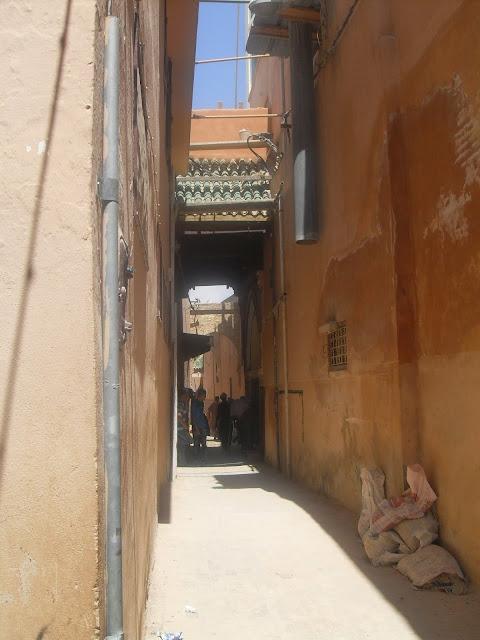 Por la medina marruecos