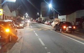 Motorista se assusta com roubo de caminhão, foge e bate em moto na PB